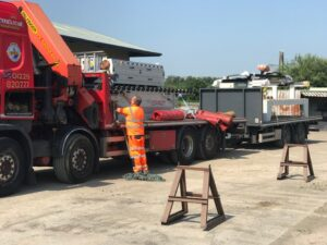 Read more about the article Hiab offload!